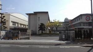 周辺施設(学校)